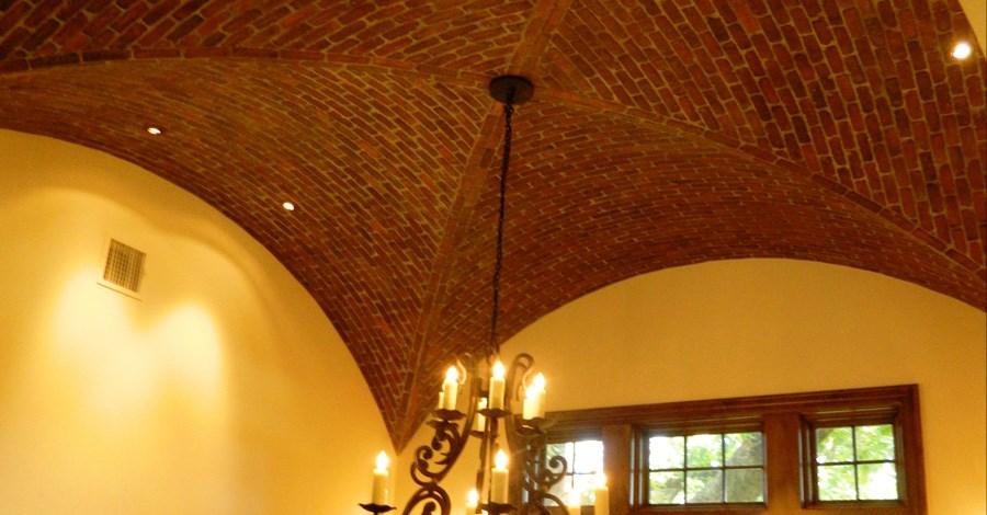 Customer-Ceiling